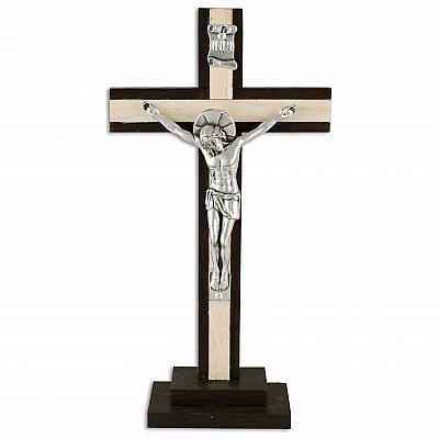 Stehkruzifix aus Holz hell und dunkel