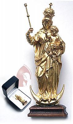 Patrona Bavariae mit Goldauflage im Etui, Holz
