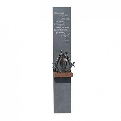 Schieferrelief 'Familie' mit Spruch und Bronzefigur