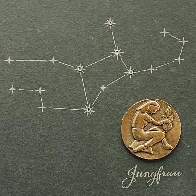 Sternzeichen Jungfrau, Schiefer & Bronze