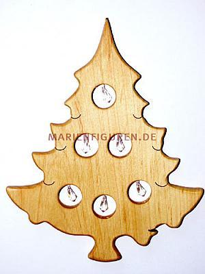 Weihnachtsbaum mit Kristallen